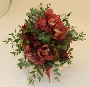 Brides Bouquet in burgundy and green