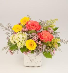 Wildflower look floral arrangement