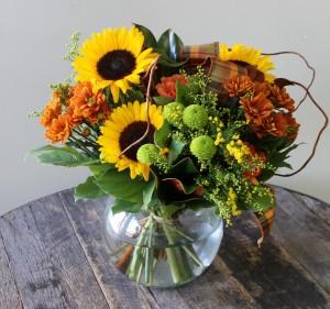 Bountiful Blooms Thanksgiving Centrepiece